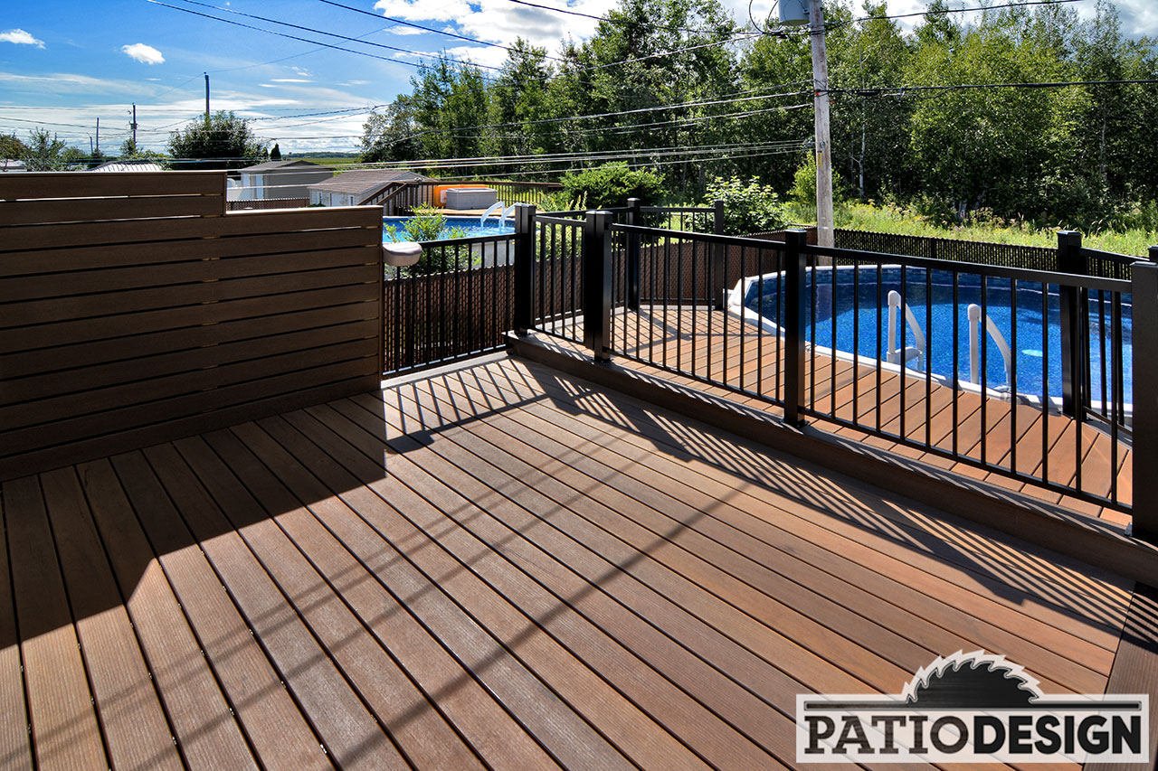 Patio design patios avec piscine hors terre les for Patio design piscine hors terre